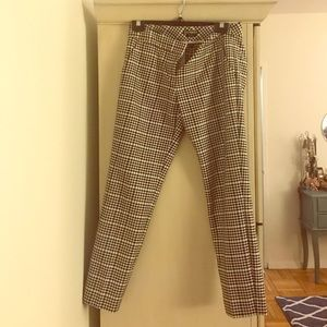 Black/white plaid columnist pants size 4 Express